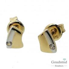 Gouden oorknoppen 14 karaat zirkonia